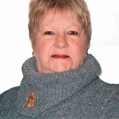 Deanna  Schutz